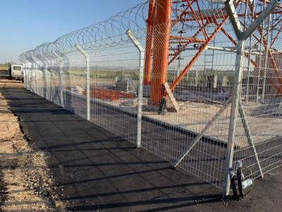 גדרות רשת גם תיל